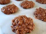 No-Bake Chocolate & Peanut Butter Oatmeal Cookies